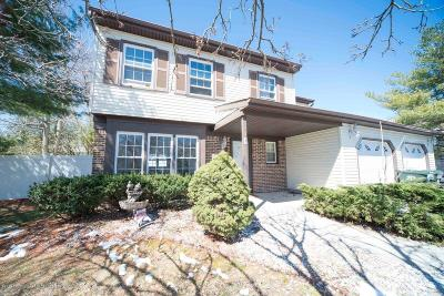 Howell Single Family Home For Sale: 7 Dantley Drive