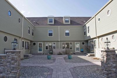 Lavallette Condo/Townhouse For Sale: 1000 Grand Central Avenue #2