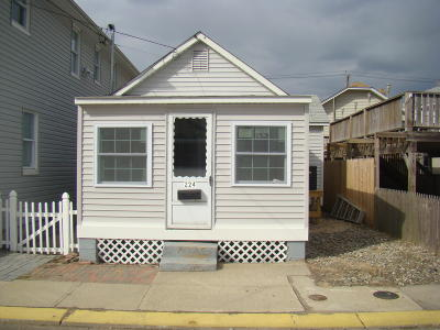 Seaside Heights Single Family Home For Sale: 224 Bay Terrace