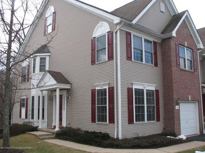 Middletown Condo/Townhouse For Sale: 105 Ironwood Court