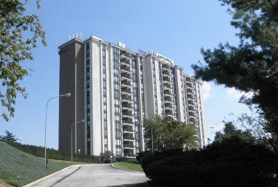 Monmouth County Condo/Townhouse For Sale: 1 Scenic Drive #403
