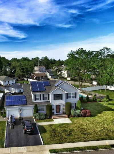 Eatontown Single Family Home For Sale: 5 Alexandria Court