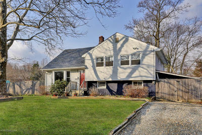 Middletown Single Family Home For Sale: 11 Woodside Drive