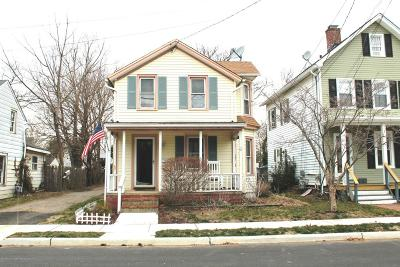 Monmouth County Single Family Home For Sale: 21 Elizabeth Street