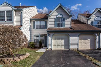 Monmouth County Condo/Townhouse For Sale: 215 Century Way