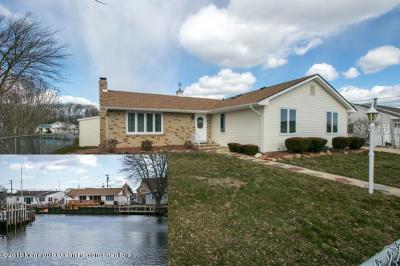 Ocean County Single Family Home For Sale: 807 Leeward Drive