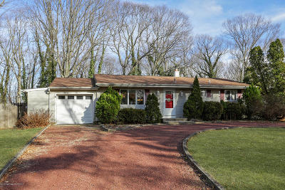 Monmouth County Single Family Home For Sale: 204 Parkview Terrace