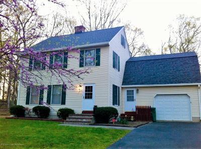 New Egypt NJ Single Family Home For Sale: $317,000