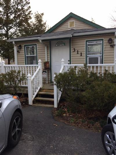 Toms River Single Family Home For Sale: 311 Kettle Creek Road