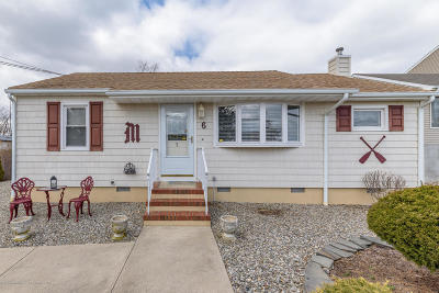 Toms River Single Family Home For Sale: 6 Pumpshire Road