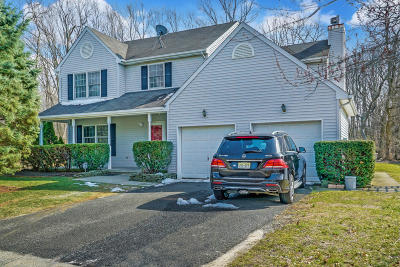 Eatontown Single Family Home For Sale: 82 Parker Road