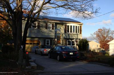 Middletown Single Family Home For Sale: 387 Monmouth Avenue