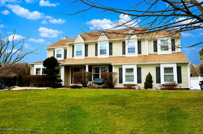 Middletown Single Family Home For Sale: 87 Four Winds Drive