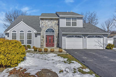 Toms River Single Family Home For Sale: 153 Old Orchard Road