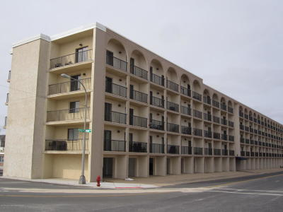 Seaside Heights Condo/Townhouse For Sale: 51 Hiering Avenue #D10