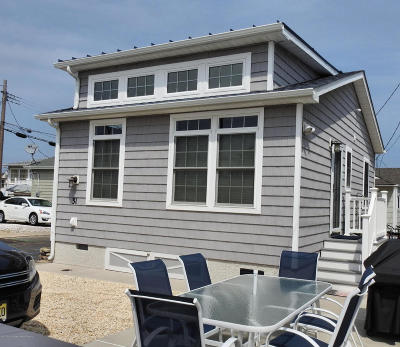 Lavallette Single Family Home For Sale: 31 E Bayberry Way