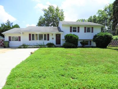 Eatontown Single Family Home For Sale: 11 Park Avenue