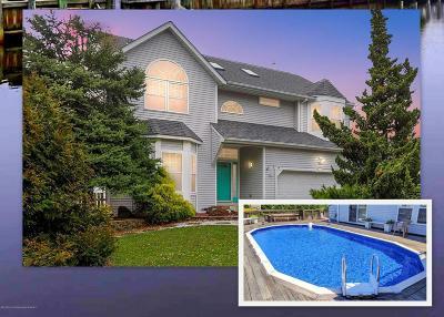Brick Single Family Home For Sale: 14 Cedar Island Drive