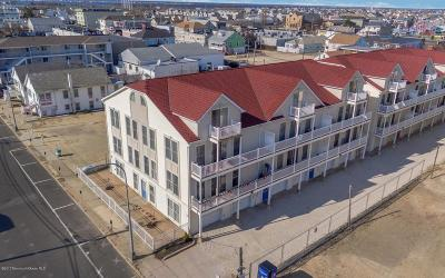 Seaside Heights Condo/Townhouse For Sale: 32 Webster Avenue #5