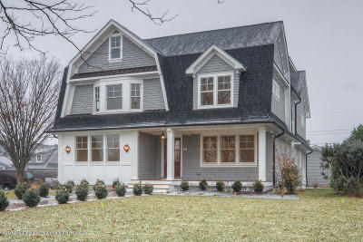 Sea Girt Single Family Home For Sale: 321 Crescent Parkway