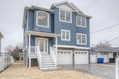 Toms River Single Family Home Under Contract: 313 Silver Lagoon Drive