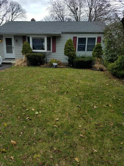 Point Pleasant Single Family Home For Sale: 1402 Northstream Parkway