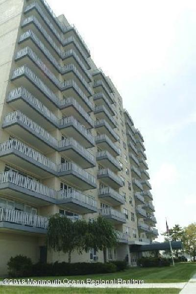 Asbury Park Condo/Townhouse Sold: 510 Deal Lake Drive #4K