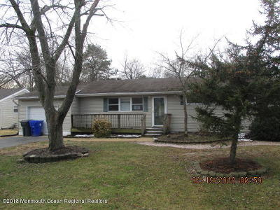 Brick Single Family Home For Sale: 36 Maplewood Drive