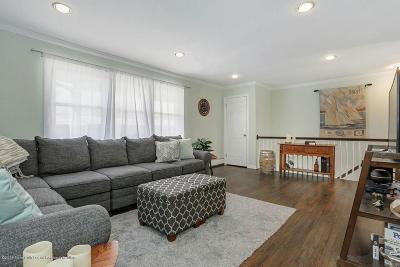 Atlantic Highlands Condo/Townhouse Under Contract: 28 King James Lane