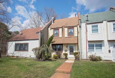 Brick Condo/Townhouse For Sale: 200 Greenwood Loop Road