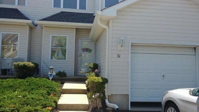 Condo/Townhouse For Sale: 31 Blue Heron Lane #31