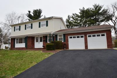 Howell Single Family Home Under Contract: 12 Springhill Drive