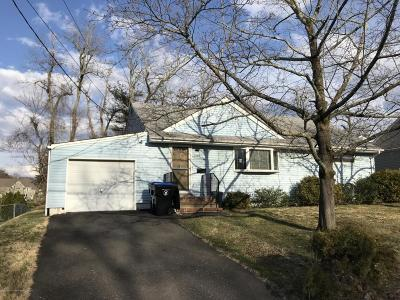 Middletown Single Family Home Under Contract: 228 Crestview Drive