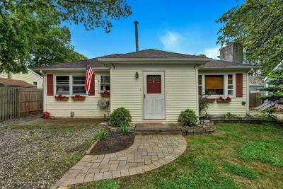Brick Single Family Home For Sale: 37 Cumberland Drive