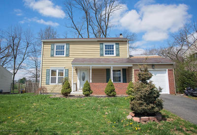 Freehold Single Family Home For Sale: 16 Brentwood Avenue