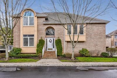 Holmdel Single Family Home For Sale: 166 La Quinta Court #N166