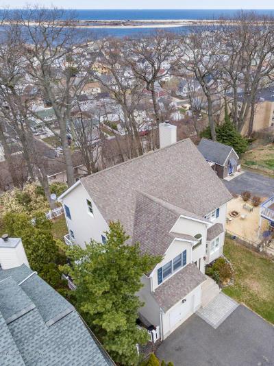 Atlantic Highlands, Highlands Single Family Home For Sale: 226 Navesink Avenue