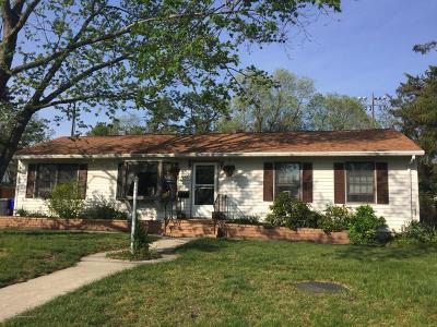 Brick Single Family Home For Sale: 21 Lakeland Drive