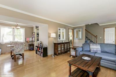 Brick Single Family Home For Sale: 172 Marilyn Drive