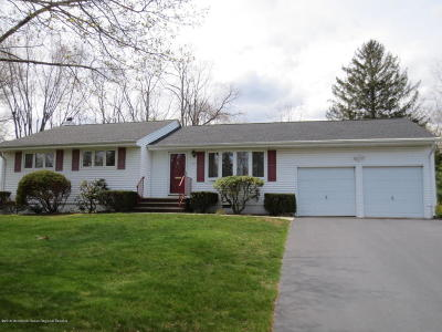 Holmdel Single Family Home Under Contract: 17 Knollwood Road