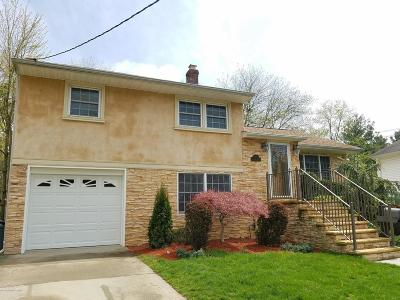 Middletown Single Family Home For Sale: 170 Statesir Place
