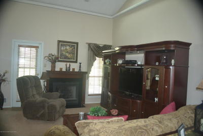 Freehold Condo/Townhouse For Sale: 63 Pagoda Lane
