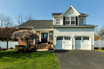 Howell Single Family Home Under Contract: 6 Joshua Court