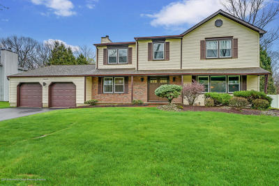 Marlboro Single Family Home Under Contract: 21 Steeplechase Drive