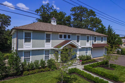 Rumson Single Family Home For Sale: 2a Lakeside Avenue
