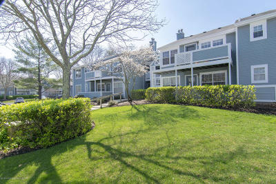 Howell Condo/Townhouse Under Contract: 362 Sequoia Court