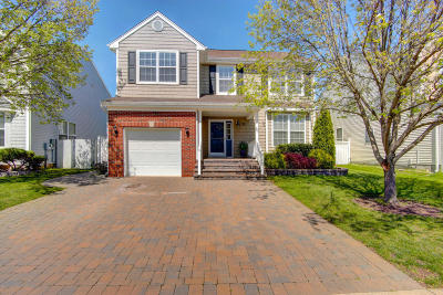 Hazlet Single Family Home Under Contract: 33 Skyline Drive