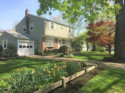 Little Silver Single Family Home For Sale: 80 Rumson Place