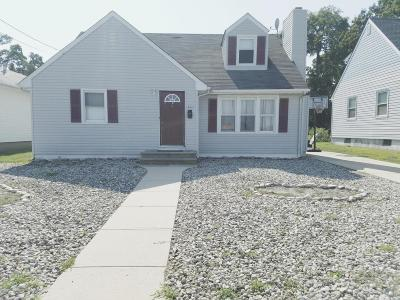 Point Pleasant Beach Single Family Home For Sale: 425 Yale Avenue