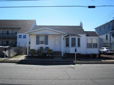 Seaside Heights Multi Family Home For Sale: 121 Lincoln Avenue